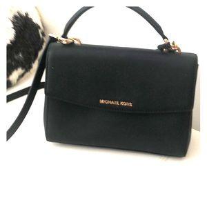 Michael Kor black bag